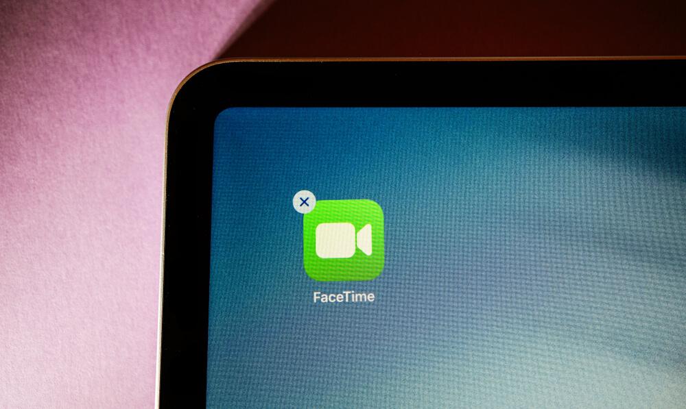 deleting FaceTime app.