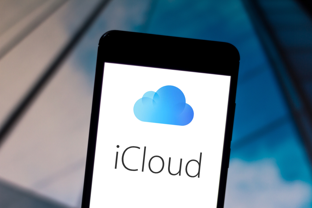 photo showing iCloud logo and text. - iPhone photos with exclamation marks