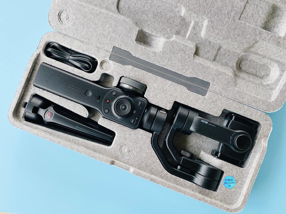 iPhone-camera-stabilizer-iPhone-filmmaking-equipment
