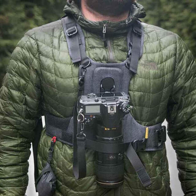Cotton-Carrier-CCS-G3-grey-harness-best-camera-straps-for-hiking